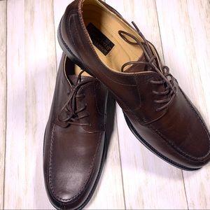 Dockers Premium men's lace up dress shoe. Size 12m